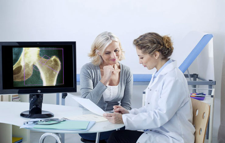 Dra Lupita Ceniceros osteoporosis